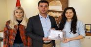 LÖSEV'den Başkan Sarıkurt'a Teşekkür Plaketi