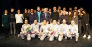 Pijamalı Adamlar Atatürk Evi İçin Sahne Aldı